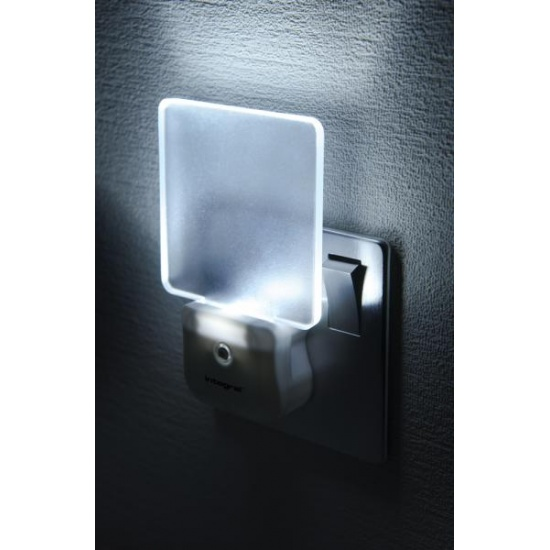 Integral Auto-Sensor LED Night Light (UK 3-pin plug) Image